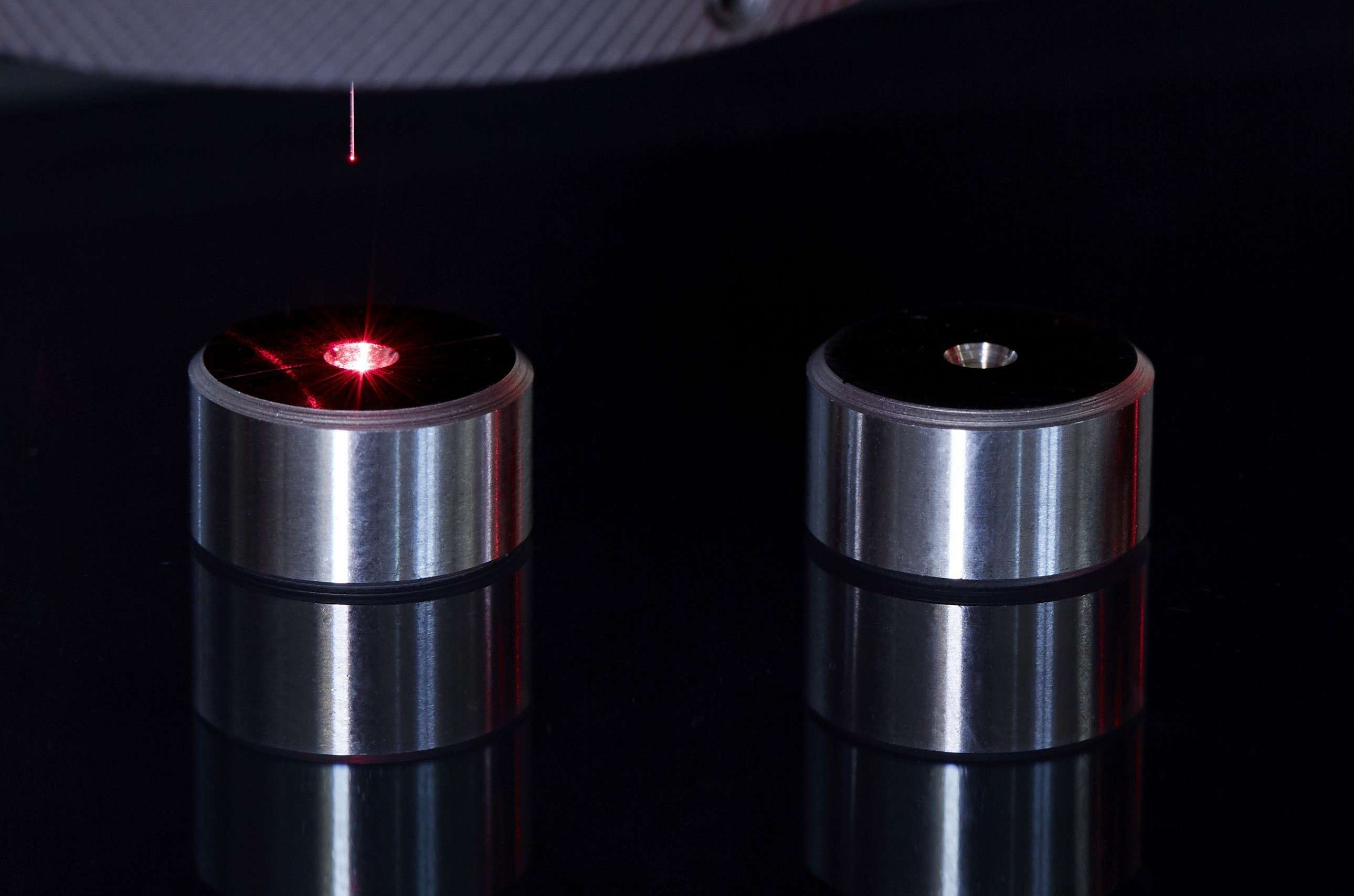 Optical measurement on two profile gauges